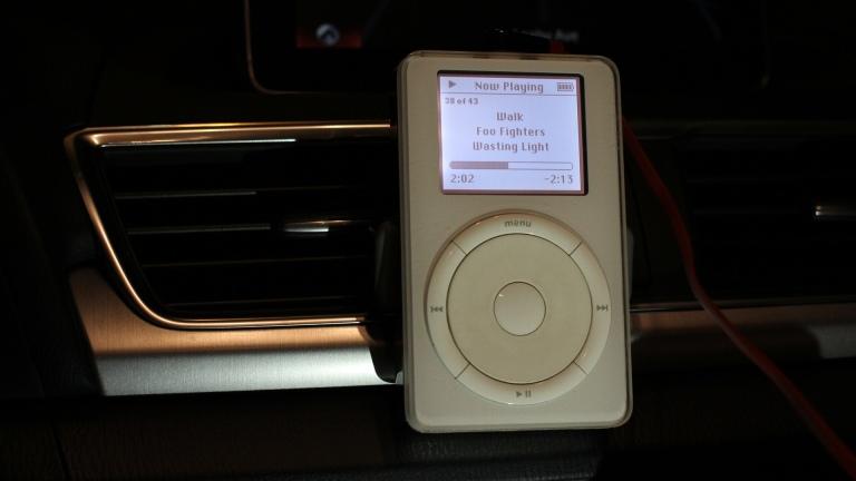 iPod original in 2014 Mazda 3