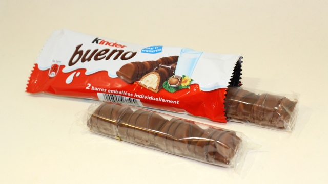 Kinder Bueno Chocolate Candy Bars